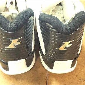 Iverson Answer VII RARE!!! Multiple Sizes NEW!!